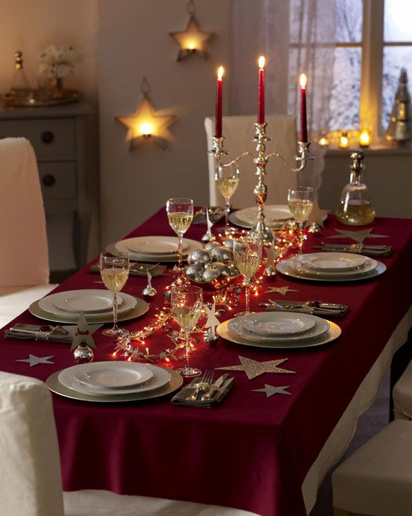 40 christmas dinner table decoration ideas all about for Dinner table decoration ideas