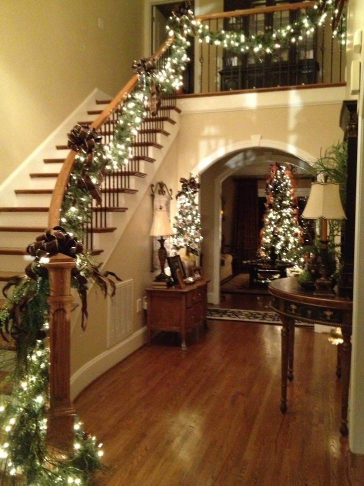 40 Indoor Christmas Light Decoration Ideas - All About Christmas