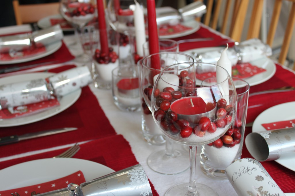 Find out How to Decorate a Table for Christmas Dinner
