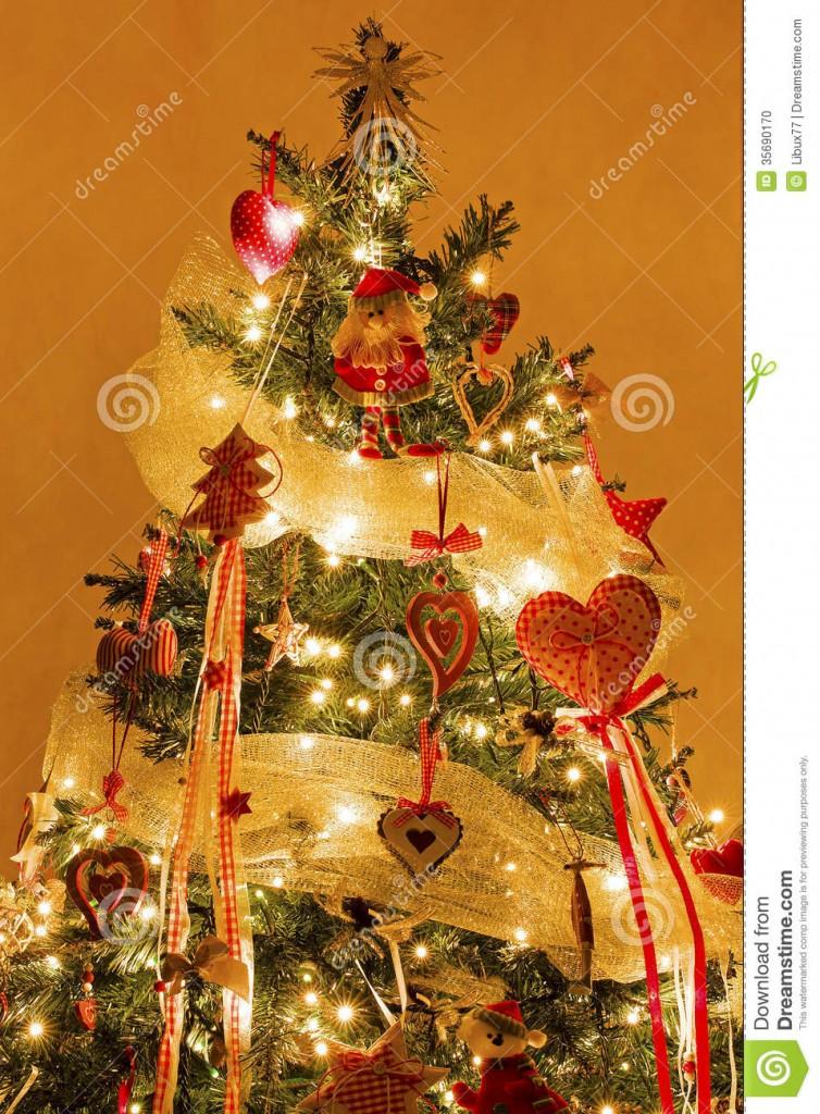 40 Indoor Christmas Light Decoration Ideas
