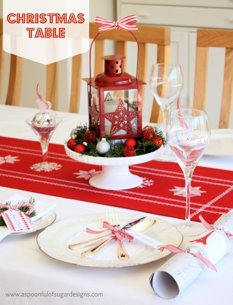 40 christmas dinner table decoration ideas all about for Table decorations for dining table