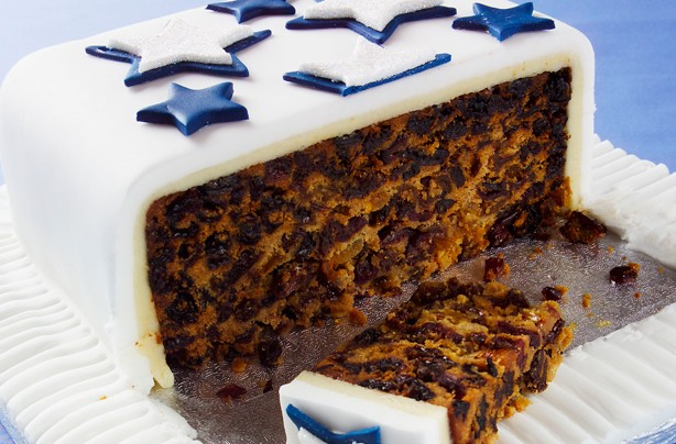 8(Apricot-and-cranberry-fruit-cake)