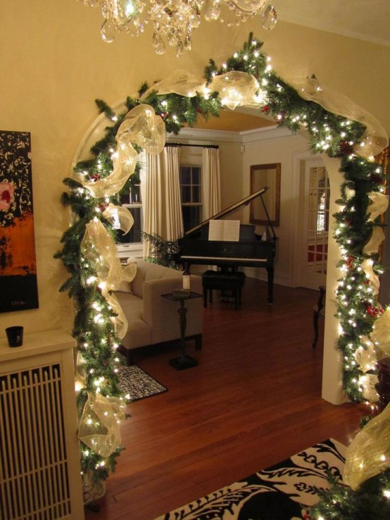 9 - Christmas Light Home Decorating Ideas