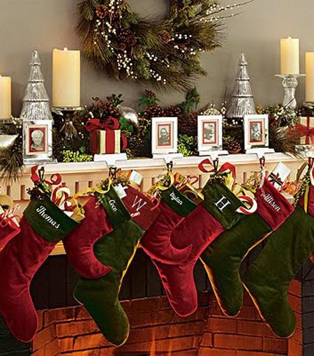 elegant christmas decorating ideas 36 - Elegant Christmas Stockings