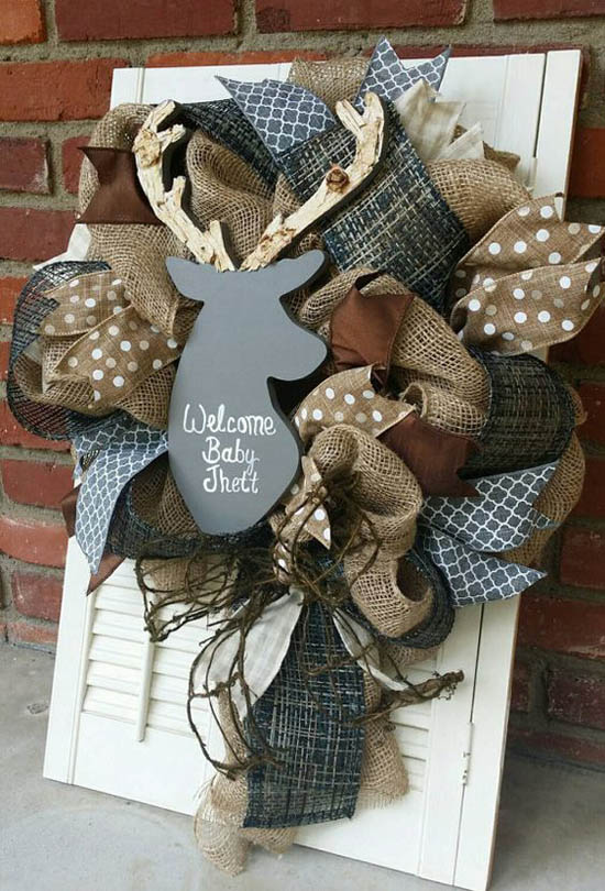45 most pinteresting rustic christmas decorating ideas for Baby shower front door decoration ideas