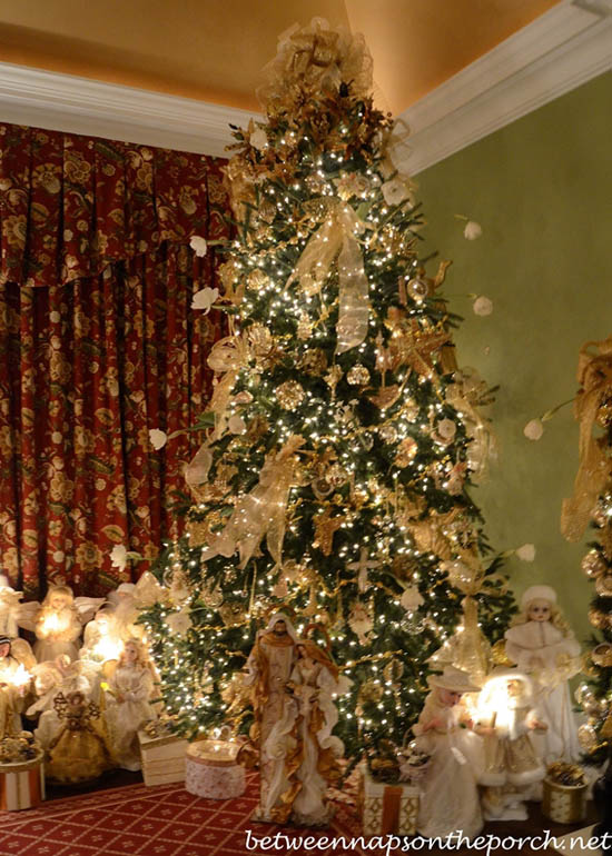 30 Exquisitely Stunning Victorian Christmas Decorating Ideas All