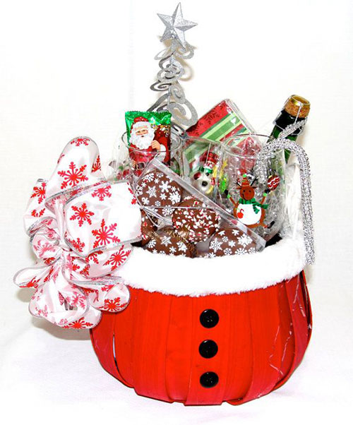 40 Best Christmas Gift Basket Decoration Ideas - All About ...