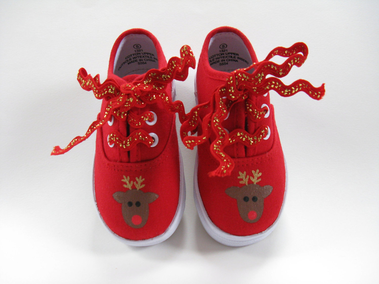 40 Super Cool Christmas Shoes and Ways to Decorate With It ...