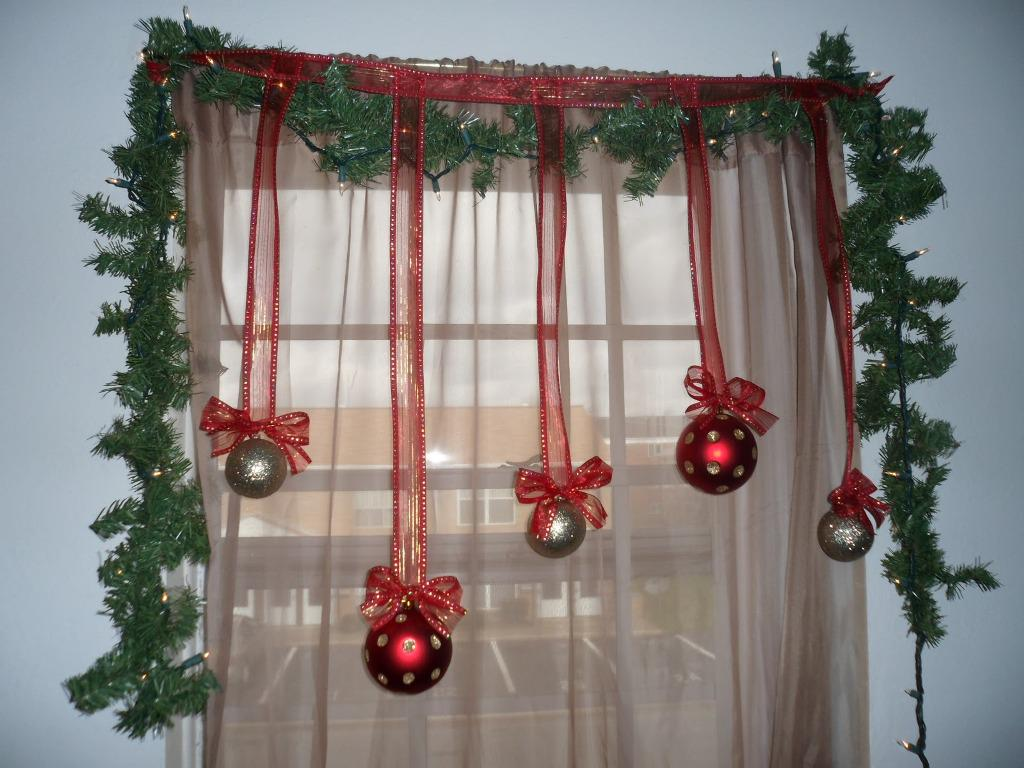 Christmas Decorations On Window : Scintillating christmas windows decoration ideas all