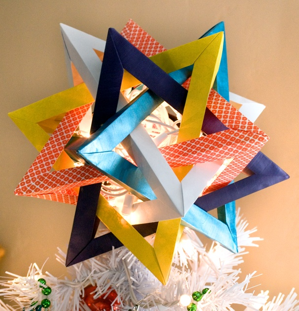 22 - Unique Christmas Tree Toppers