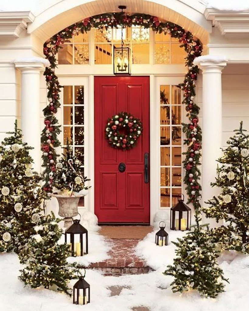 40 Appealing Christmas Main Door Decoration Ideas All