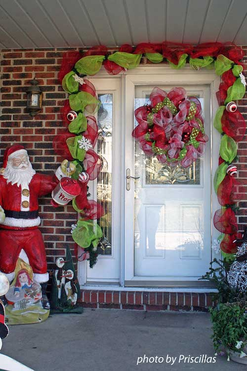 33 - Beautiful Christmas Door Decorations