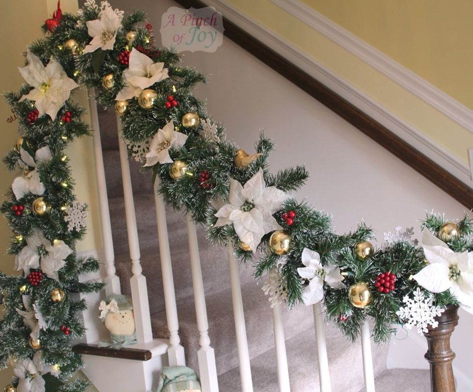 40 interesting christmas garland decoration ideas all for Stair railing decorated for christmas