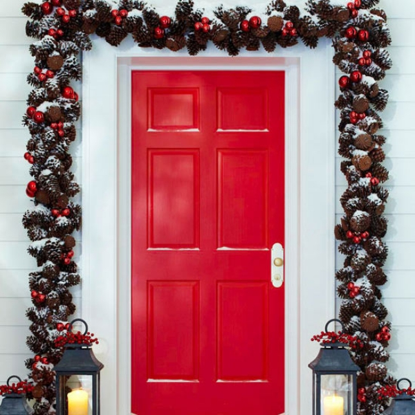 4 - How To Decorate A Christmas Garland