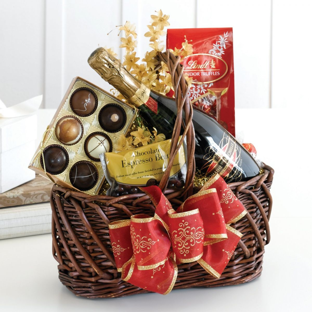 40 best christmas gift basket decoration ideas all about for Best wine gift ideas