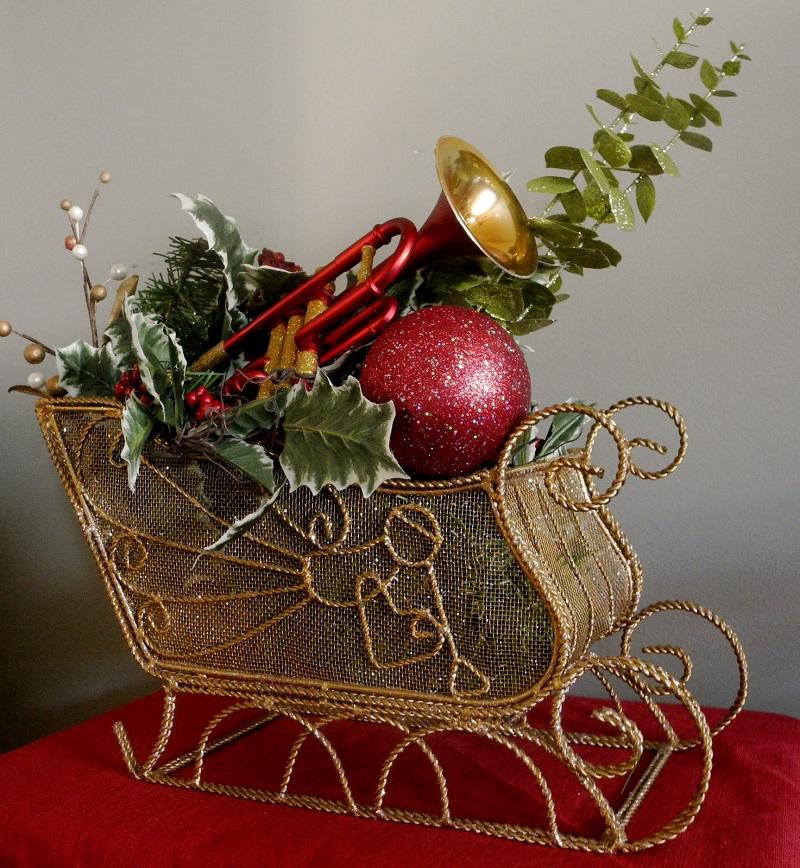 Christmas Flower Decorations Ideas.40 Mind Boggling Christmas Flower Decoration Ideas All