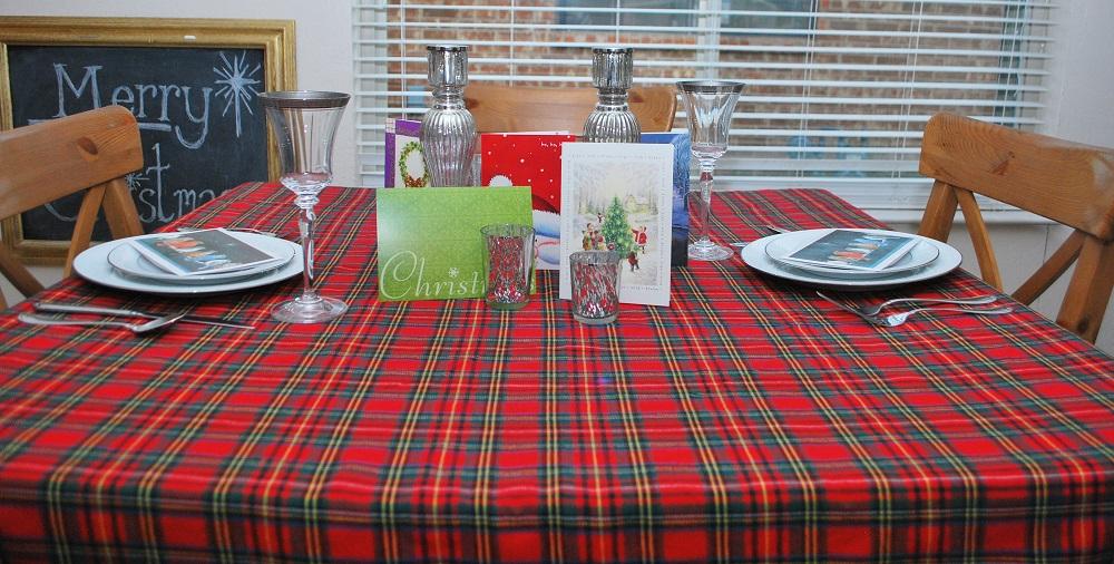 Plaid Tablecloth Christmas