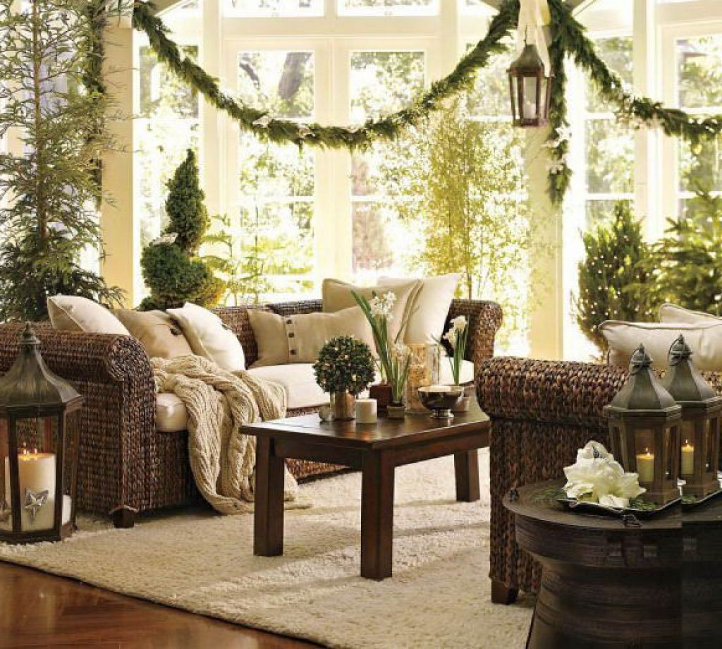 40 fantastic living room christmas decoration ideas all about christmas. Black Bedroom Furniture Sets. Home Design Ideas