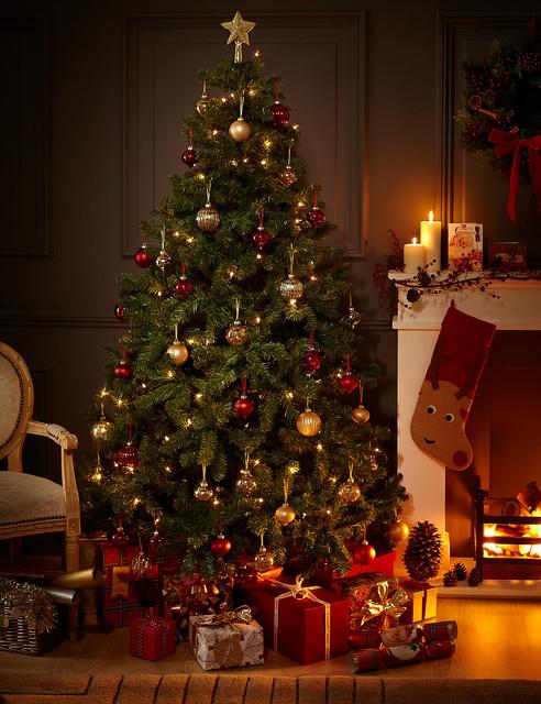 40 fantastic living room christmas decoration ideas all. Black Bedroom Furniture Sets. Home Design Ideas
