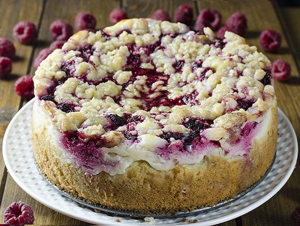 Raspberry-Cream-Cheese-Cake