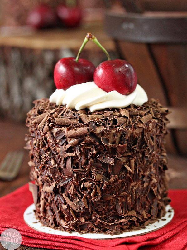 black-forest-mini-cakes