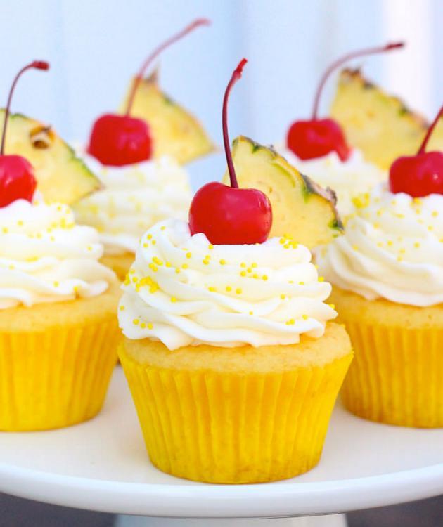 Pineapple-Cream-Cupcake