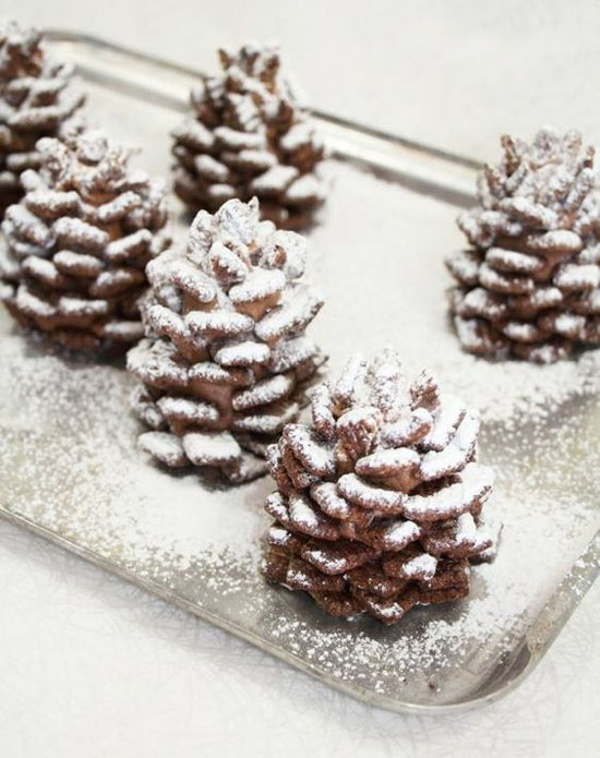 pinecone-christmas-dessert