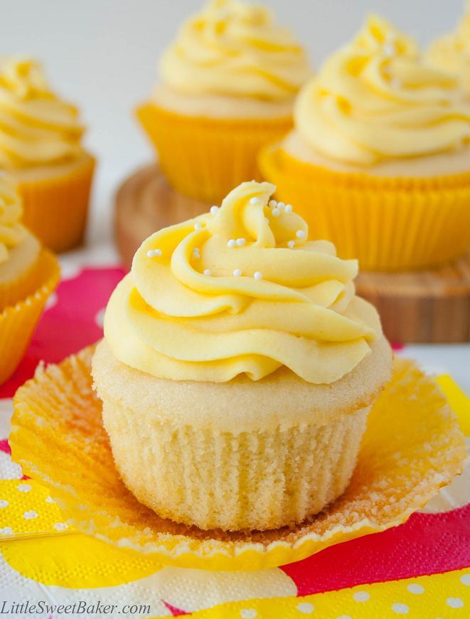 tropical-mango-vanilla-cupcake